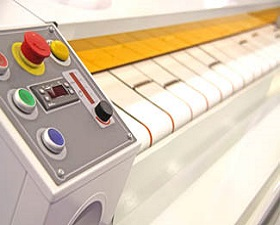 Automatic drying and ironing rolling press